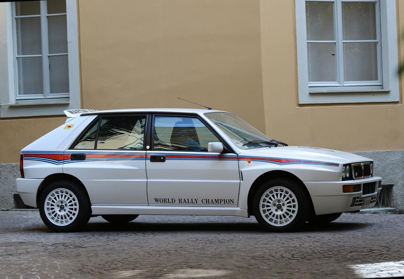 Lotto 271: 1992 Lancia Delta HF Integrale Evoluzione 1 Martini 6 (Lancia)