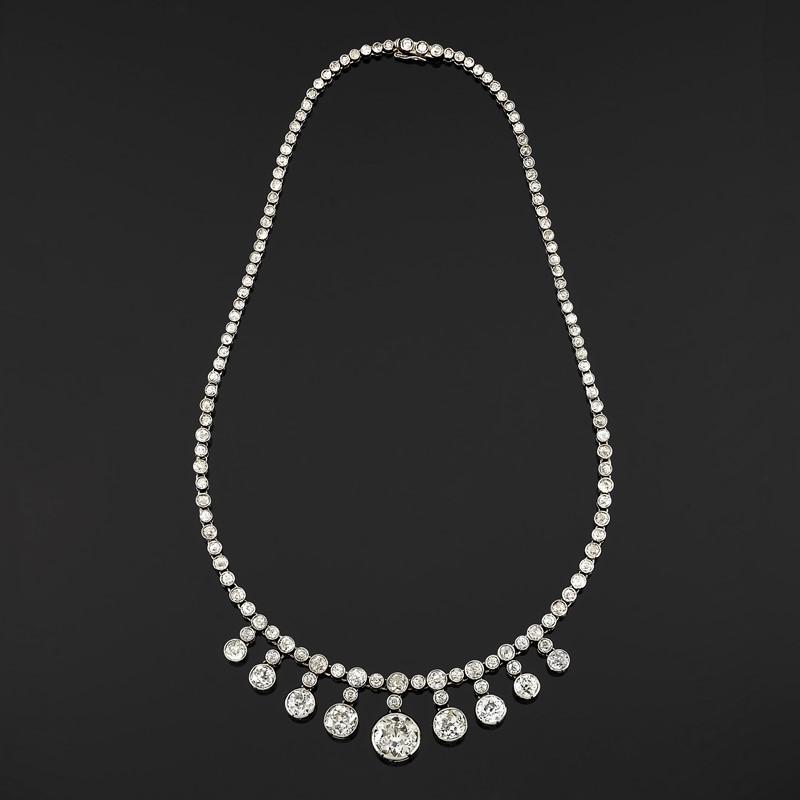 Lotto 640: Collana Con Diamanti / Base D'asta € 9.000