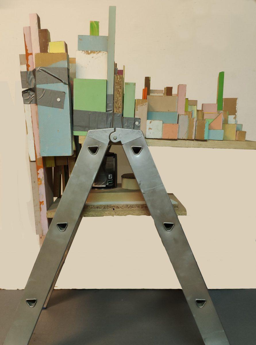 Phoebe Washburn, La città che sale - legno dipinto, nastro adesivo, puntine da disegno, lattina di vernice e cartone su scala di metallo cm 110 x 80 x 43   In asta a Roma il prossimo 27 aprile