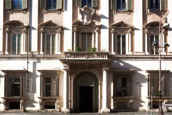 Finarte, sede di Roma - Palazzo Odescalchi, Piazza SS. Apostoli 80